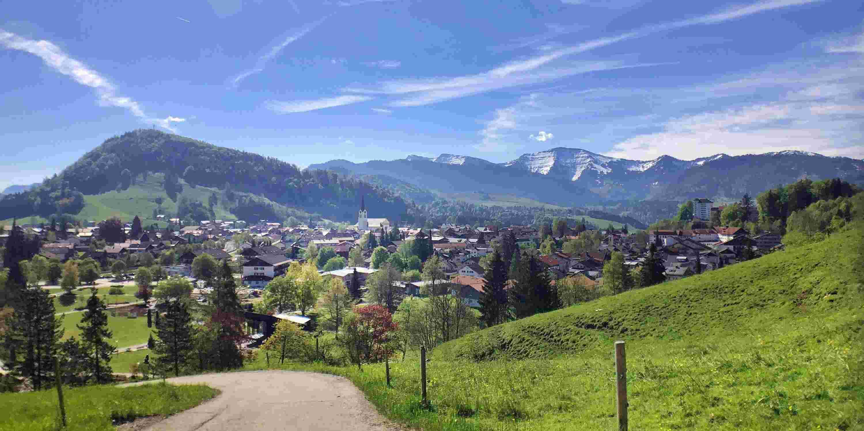 Oberstaufen im Allgäu vor Nagelfluhkette