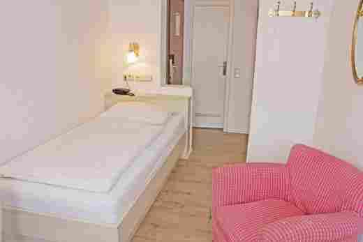 Standard Einzelzimmer Bayerischer Hof Oberstaufen
