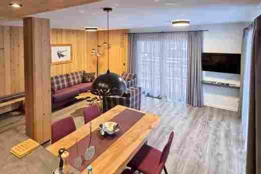 Wohnbereich in der Ferienwohnung Alpenrose im Bayerischen Hof Oberstaufen, Löwen Suites
