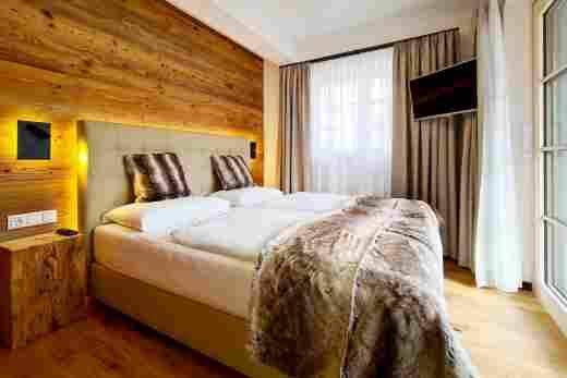 Schlafzimmer in Ferienwohnung Murmeltier II vom Bayerischen Hof Oberstaufen, Löwen Suites