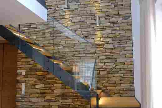 Treppe im Penthouse Nr. 9, Ferienwohnung im Bayerischen Hof in Oberstaufen