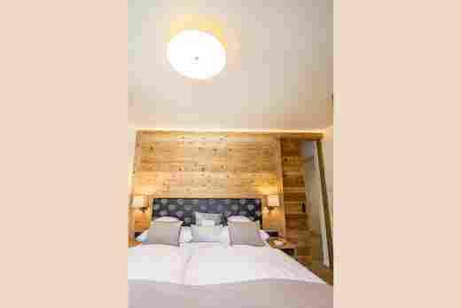 Schlafzimmer im Penthouse Nr. 9, Ferienwohnung im Bayerischen Hof in Oberstaufen
