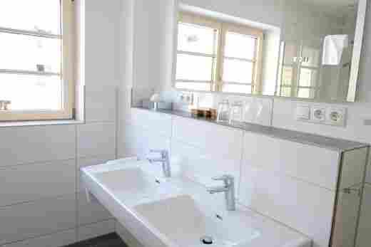 Badezimmer in der Ferienwohnung Steinbock im Bayerischen Hof Oberstaufen, Löwen Suites