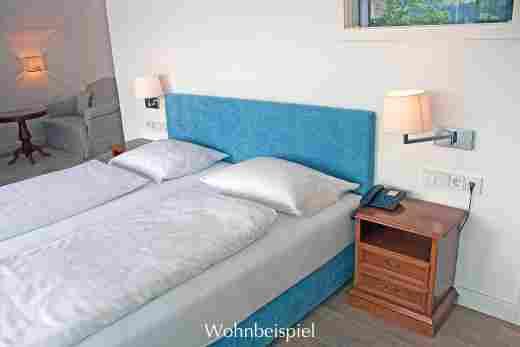 Doppelbett im Panorama Juniorsuite im Bayerischen Hof in Oberstaufen
